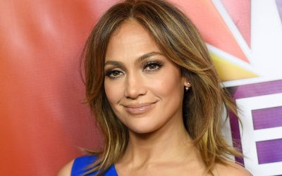 Jennifer Lopez donates $1m to help victims in Puerto Rico